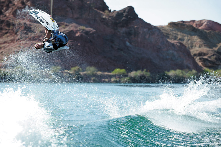 Double-Up: when the wake boat driver and the wakeboarder work together | Photo: Rockstar Energy Drink