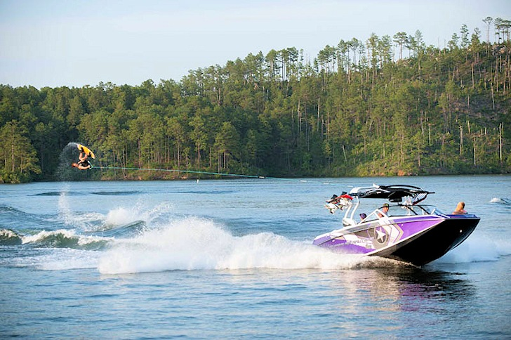 Nautique Wake Series 2014: flying down the line | Photo: Nautique