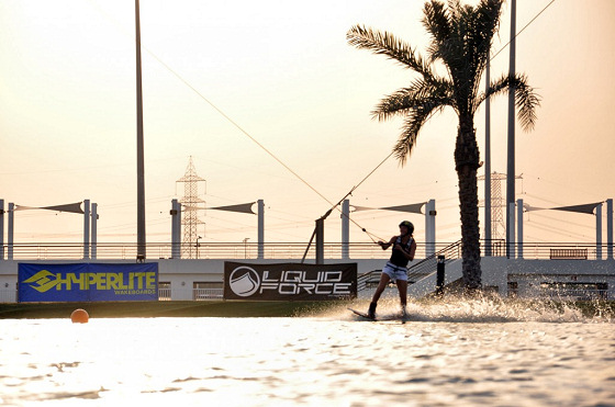 Al Forsan International Sports Resort: sunset wakeboarding