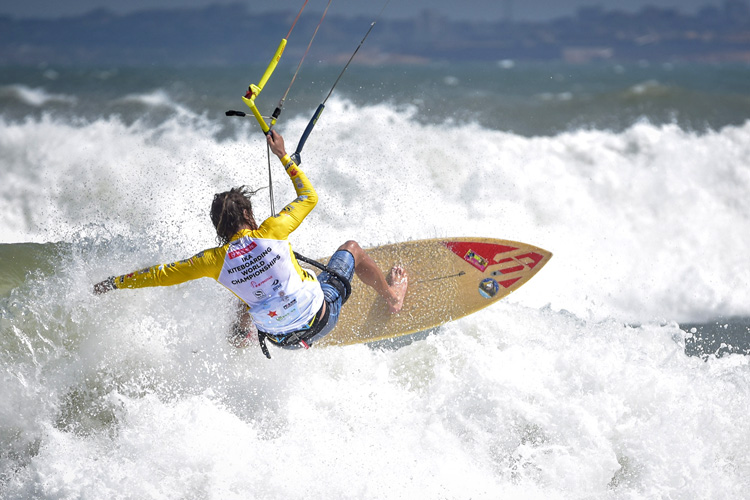 Wave kitesurfing: the discipline will be rules by GKA | Photo: IKA