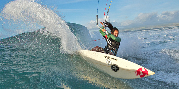 Wave kitesurfing: not the same as surfing