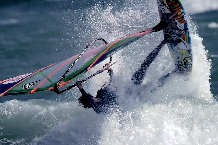 Kaido World Performance 2014: wave windsurfing showdown in Japan