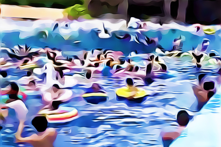 Yulong Shuiyun Water Amusement Park: a system malfunction triggered a tsunami-like wave in the pool