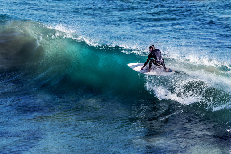Surfing: it adds meaning to life | Photo: Kudinov/Creative Commons