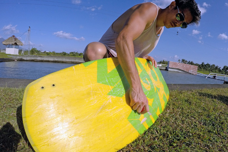 Waxthat: wax for wakeboards | Photo: Waxthat