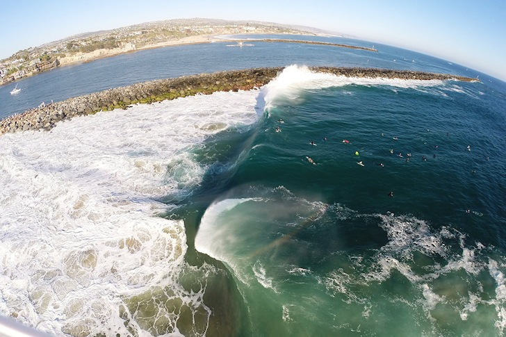 California, August 2014: Hurricane Marie sends a gift to The Wedge | Photo: Red Bull/Corey Wilson