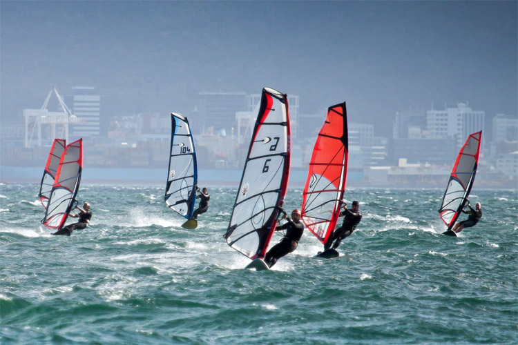 Wellington: the world's windiest capital is a windsurfing mecca | Photo: RPNYC