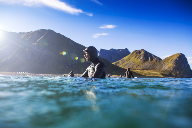 Wetsuits: taking care of them will extend their life by two years | Photo: Grimsaeth/Red Bull