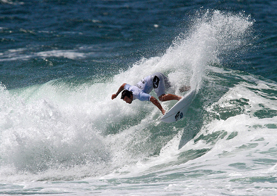 Willian Cardoso: white angel of Brazilian surfing