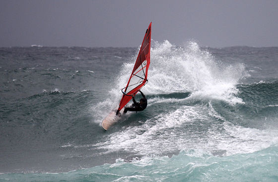 Windang Beach: plenty of windsurfing waves