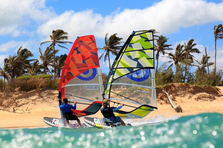 Windsurfing: learn how to eat and drink well | Photo: Neil Pryde