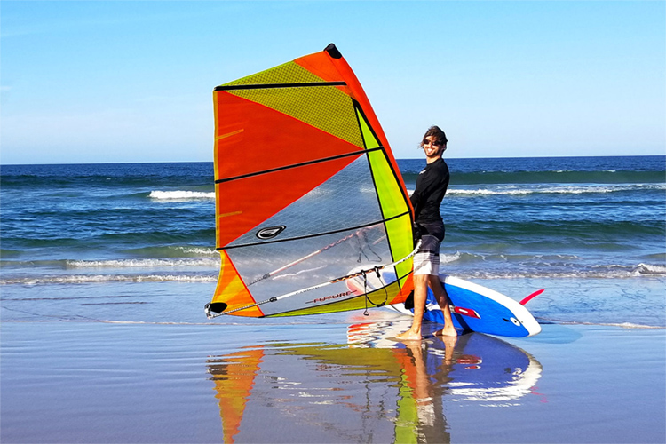Windsurfer LT: the rig performs very well in a wide variety of wind and sea conditions | Photo: Windsurfer Class