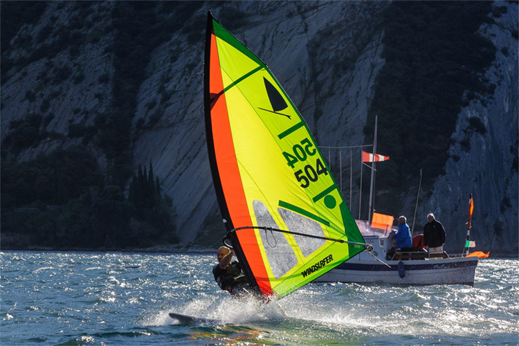Windsurfer Class: sailing windy waters since 1973 | Photo: Windsurfer Class