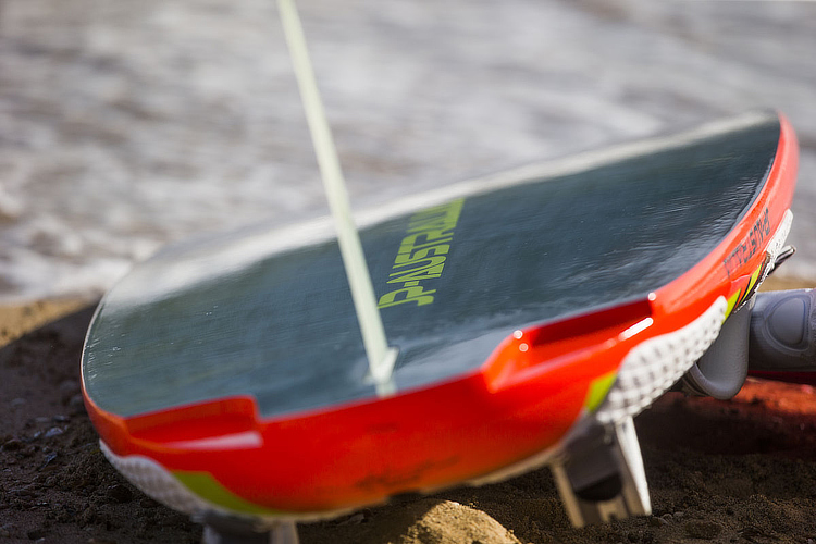 Windsurfing equipment: tick the checklist before you go | Photo: Carter/PWA