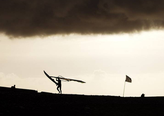 Windsurfing: the perfect sport for every woman