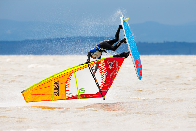 Windsurfing: good for your health, good for your soul | Photo: Carter/PWA