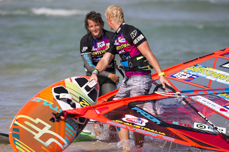 Windsurfing: in the end, it's all smile | Photo: Carter/PWA