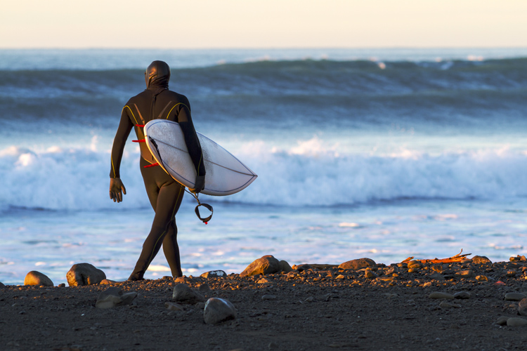 Surfing: winter will make you a better surfer | Photo: Shutterstock