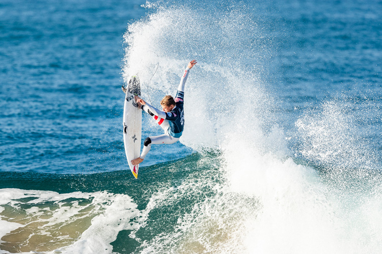 World Surf League: currently accepting sponsorship from CBD brands, alcoholic and energy drinks | Photo: Poullenot/WSL