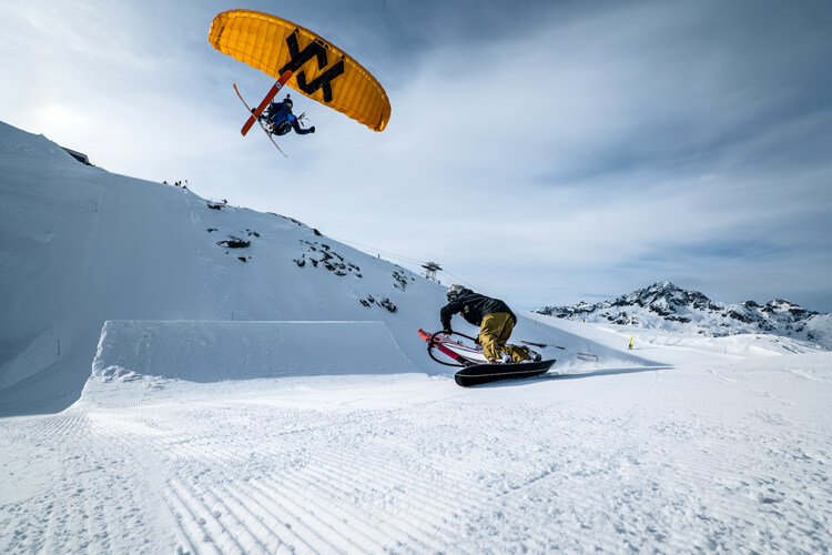 X-Project: windsurfing, kiteboarding and snowboarding in the snowy mountains of Engadin | Photo: Quattro Media