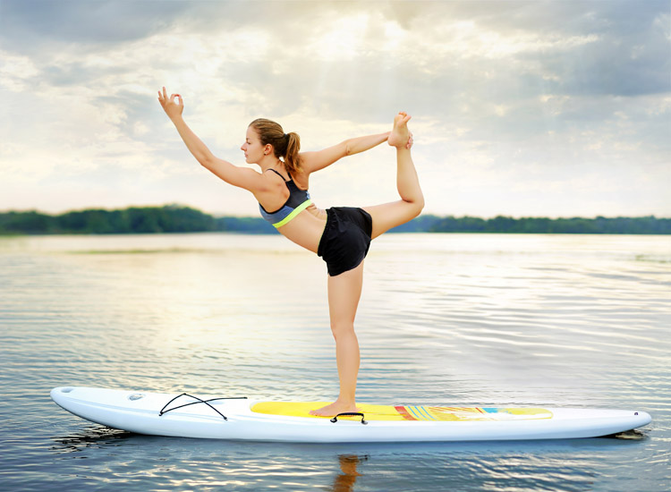 SUP Yoga: stand-up paddleboarding serves multiple alternative purposes | Photo: Shutterstock