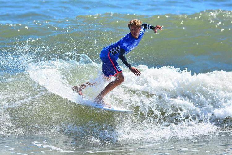 Surfer zander dies