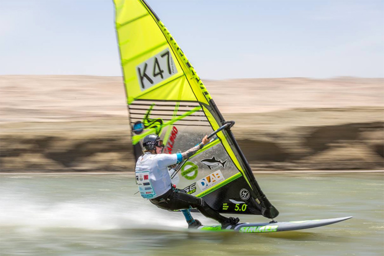 Zara Davis: the fastest windsurfer on the planet | Photo: LSC
